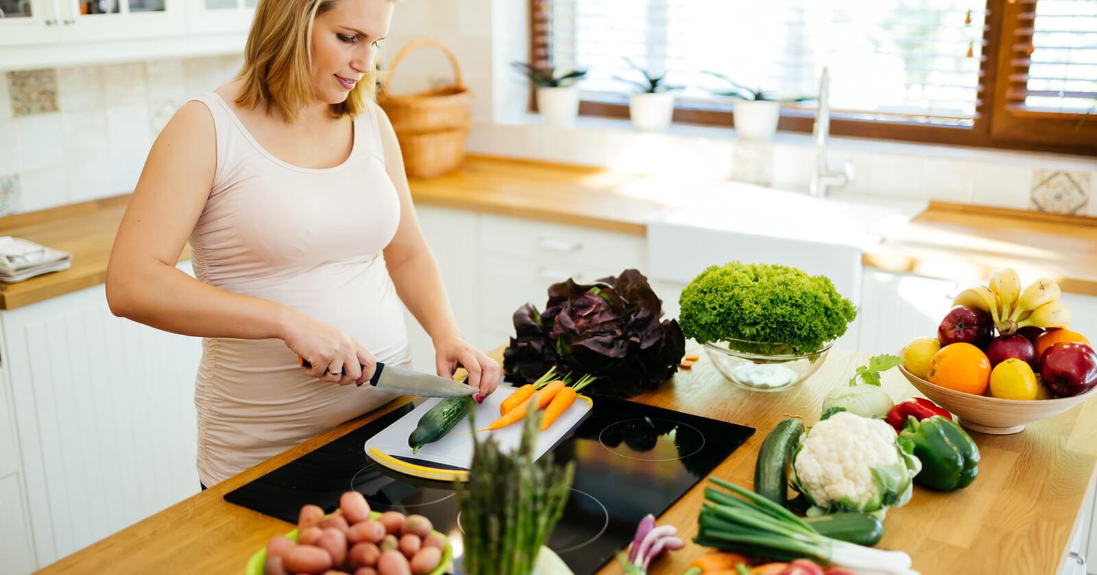 БРЕМЕННОСТ – хранителен режим за добро орално здраве
